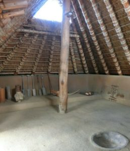 yoshinogari-history-park-yayoi-period-house