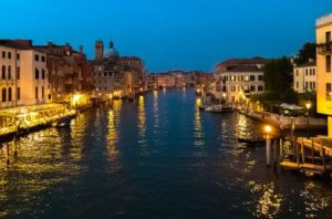 night-in-venetia
