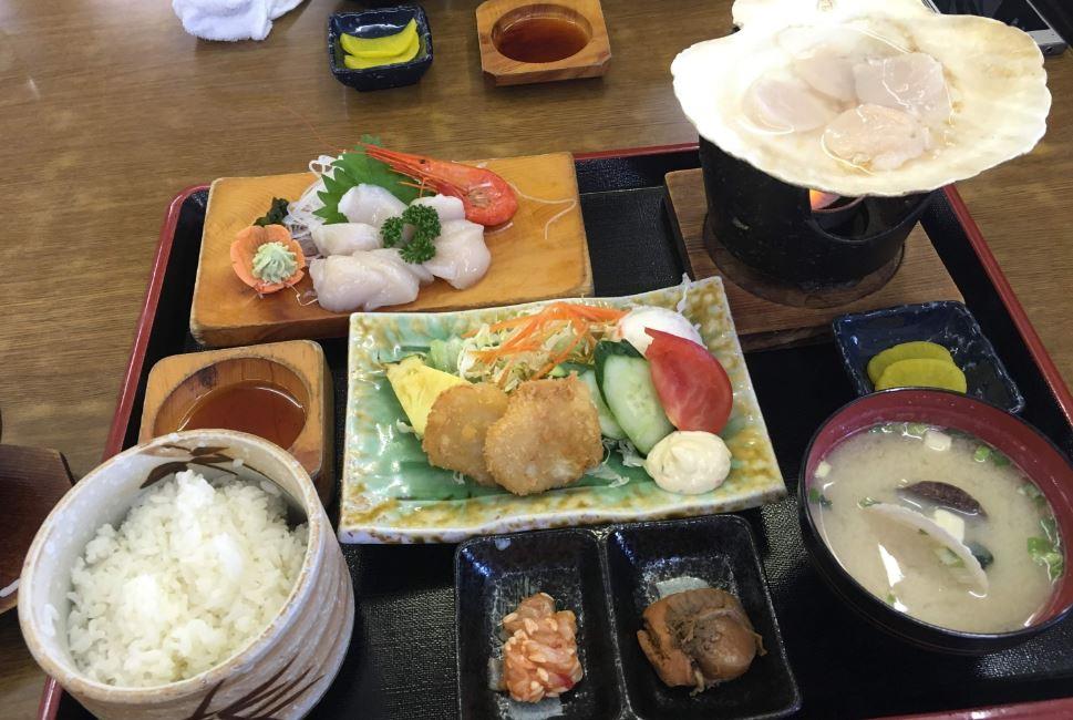 travel-hokkaido-saroma-scallop