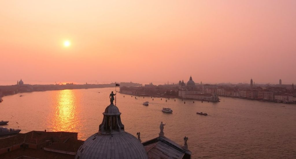 sunset-in-venetia-from-the-tower-of-temple