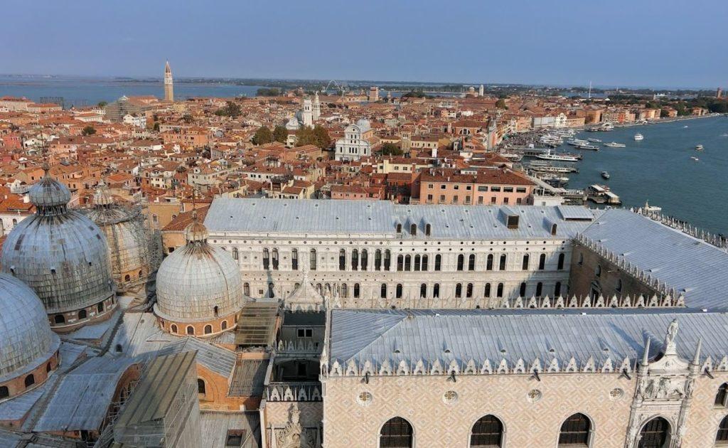 enetia-palazzo-ducale-from-campanile-di-Giotto