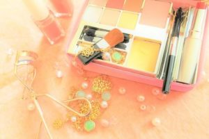 travel-cosmetics