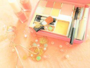 travel-cosmetics